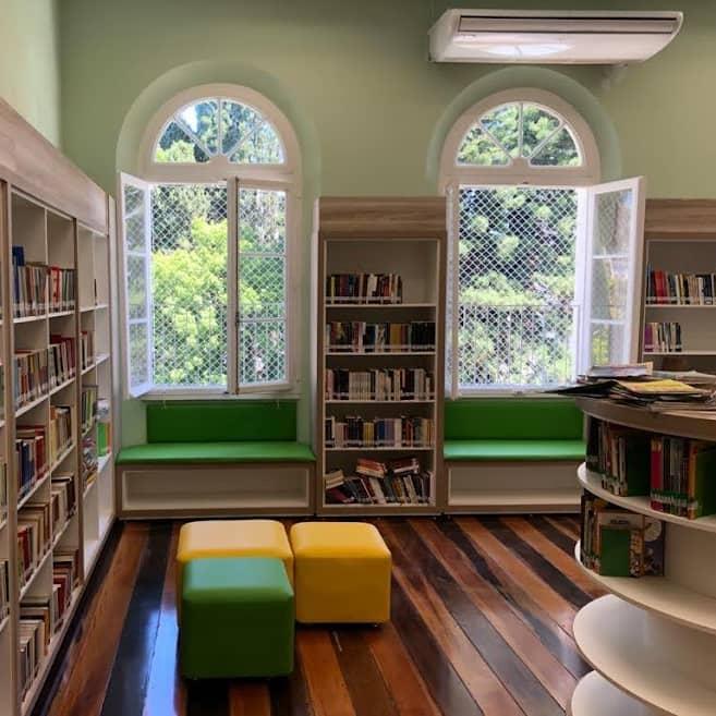 Biblioteca Escolar Infantil